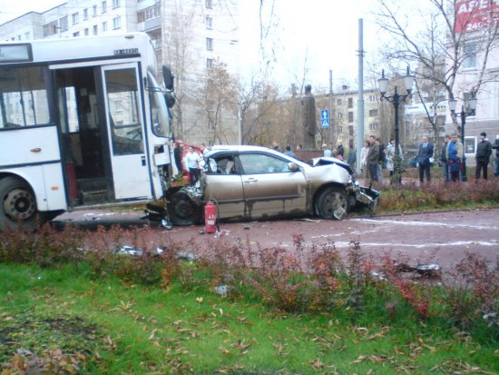 tver-city-bus-accident-2