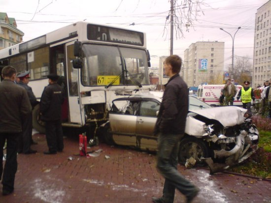 tver-city-bus-accident-3