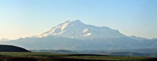 Seven wonders of Russia - Elbrus mountain