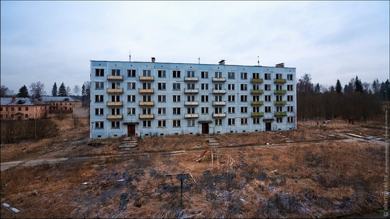soviet-army-abandoned-cantonment-2-small