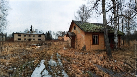 soviet-army-abandoned-cantonment-3-small