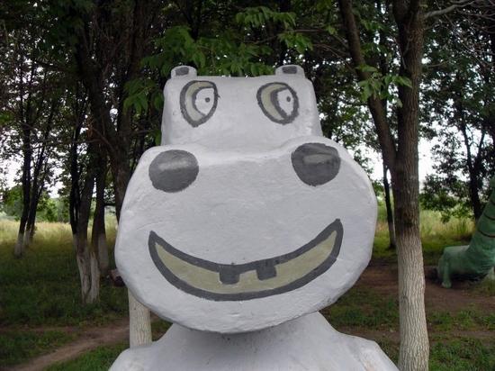 teikovo-city-ivanovo-oblast-russia-streets-sculptures-2