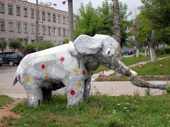 teikovo-city-ivanovo-oblast-russia-streets-sculptures-5