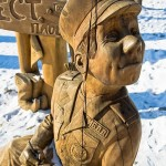 Russian traffic cops wooden sculptures photos