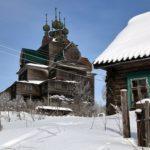 Uspenskaya wooden church built in the year of 1694 photos