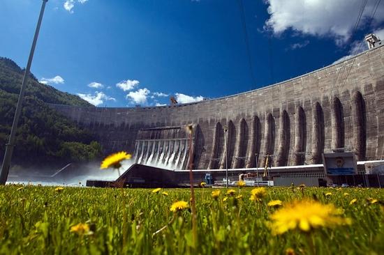 Sayano–Shushenskaya Dam, Russia rebuilding view