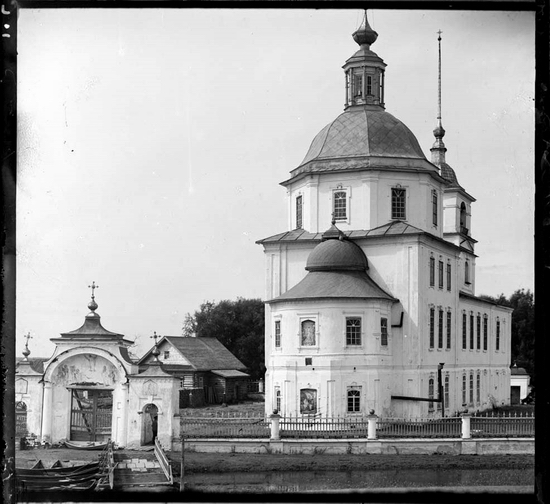 Vologda oblast, Russia flooded church original view