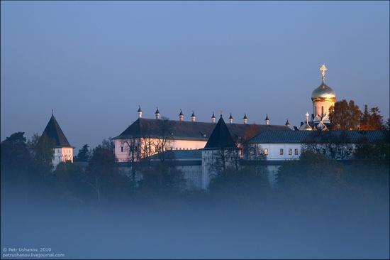 Frosty Russian dawn view 12