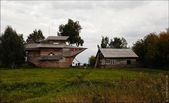 Kemerovo oblast, Russia ship-house view 2