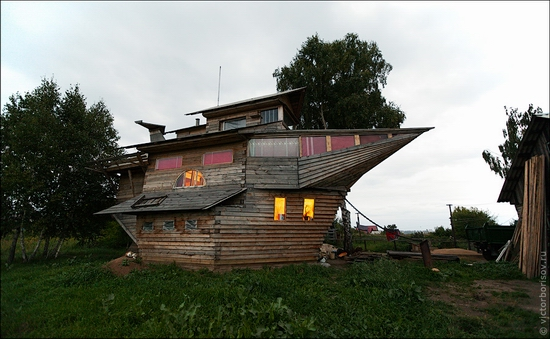 Kemerovo oblast, Russia ship-house view 9