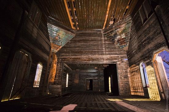 Krasnoyarsk krai, Russia abandoned wooden church 9