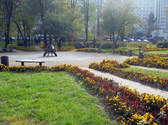 Moscow city, Russia Signs of the Zodiac park view 12