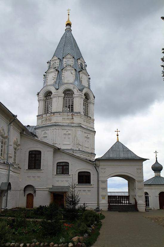 Nikitsky monastery, Yaroslavl oblast, Russia view 2