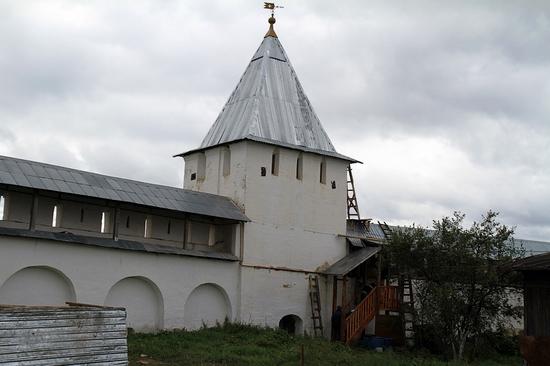 Nikitsky monastery, Yaroslavl oblast, Russia view 4