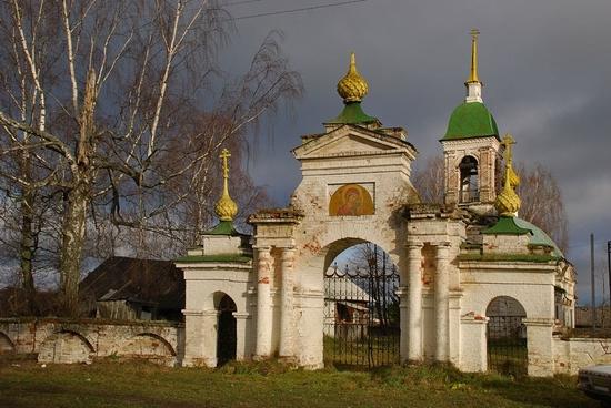 Spas-Buraki village, Kostroma oblast, Russia cathedral