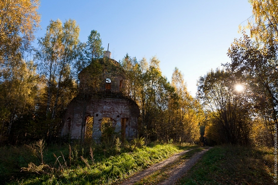 Tver oblast, Russia abandoned church view 4