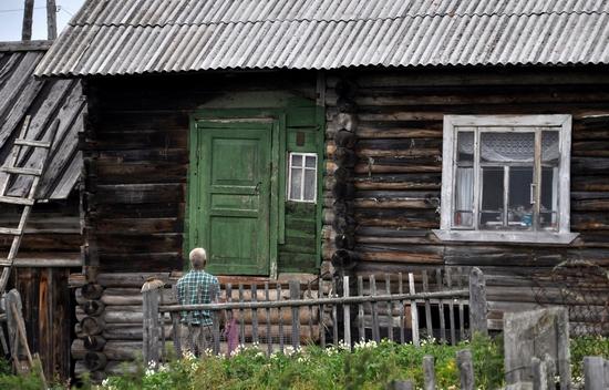 Kovda village, Russia wooden houses view 11