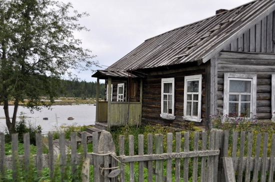 Kovda village, Russia wooden houses view 12