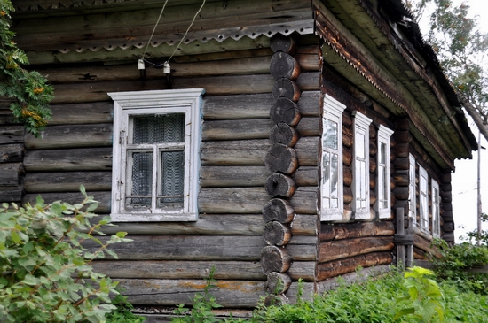 Kovda village, Russia wooden houses view 15