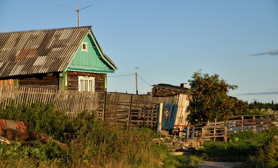 Kovda village, Russia wooden houses view 16