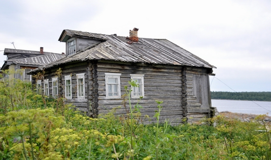 Kovda village, Russia wooden houses view 18