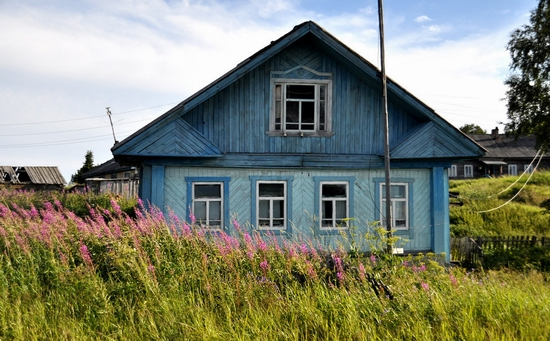 Kovda village, Russia wooden houses view 2