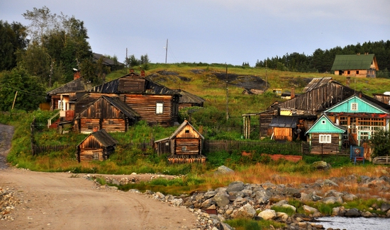 Kovda village, Russia wooden houses view 3