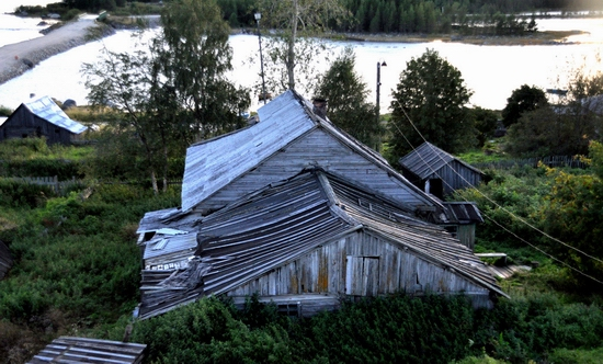 Kovda village, Russia wooden houses view 4