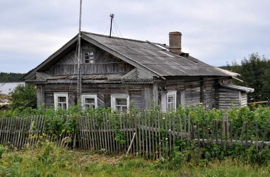 Kovda village, Russia wooden houses view 9