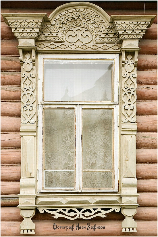 Myshkin town, Russia windows frames view 1