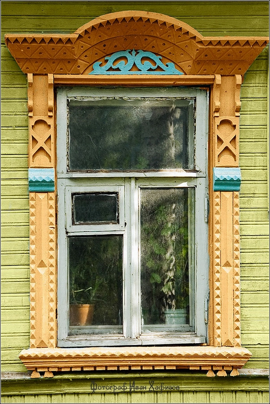 Myshkin town, Russia windows frames view 15