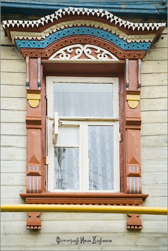 Myshkin town, Russia windows frames view 5