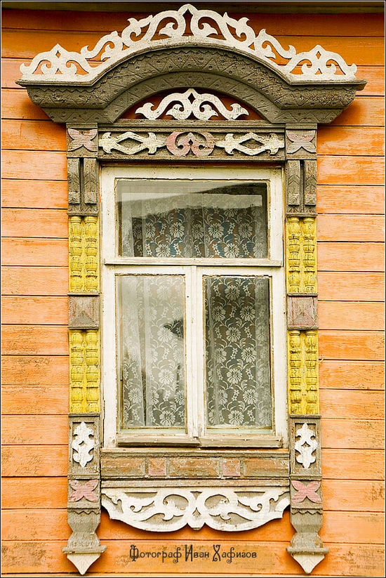 Myshkin town, Russia windows frames view 8