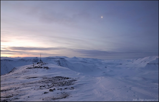 Russian Spitsbergen winter landscapes 17