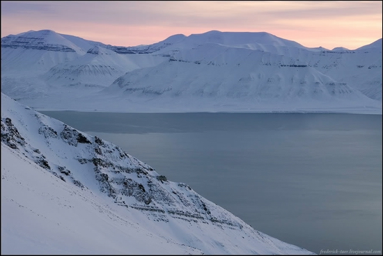 Russian Spitsbergen winter landscapes 19