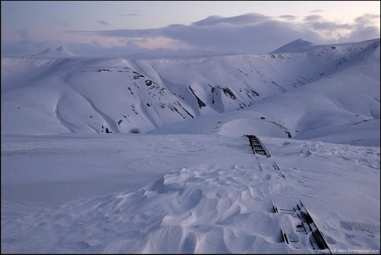 Russian Spitsbergen winter landscapes 4