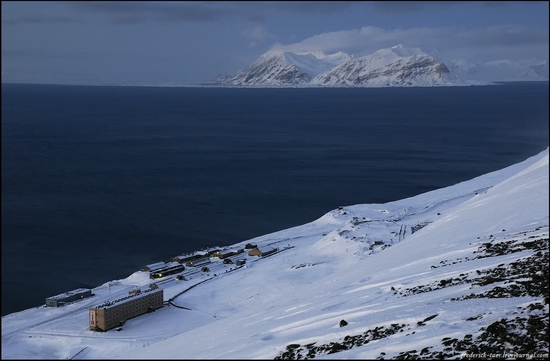 Russian Spitsbergen winter landscapes 5