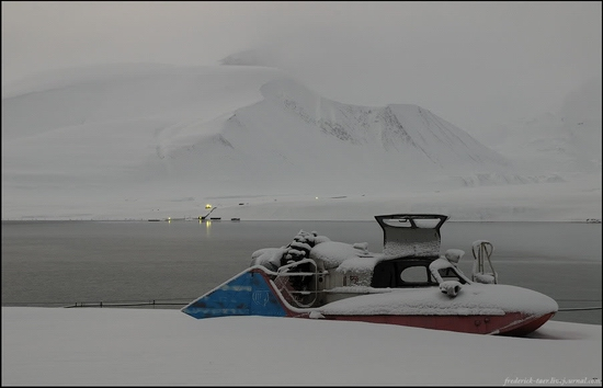 Russian Spitsbergen winter landscapes 7
