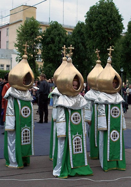Smolensk city, Russia gold-domed costumes