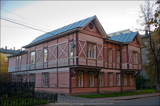 Yaroslavl city, Russia wooden architecture view 5