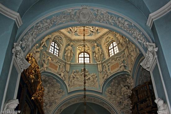 Znamenskaya church, Moscow oblast, Russia view 9
