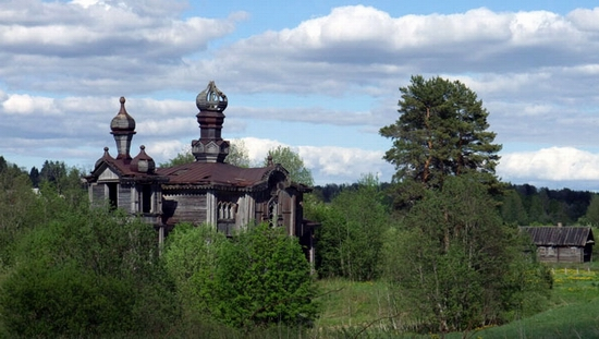 St Prophet Elisha church, Leningrad oblast, Russia view 7