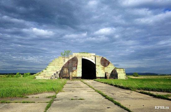 Vozdvizhenka - abandoned air base in Prymorye, Russia view 11