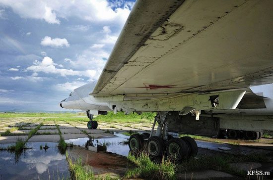 Vozdvizhenka - abandoned air base in Prymorye, Russia view 3