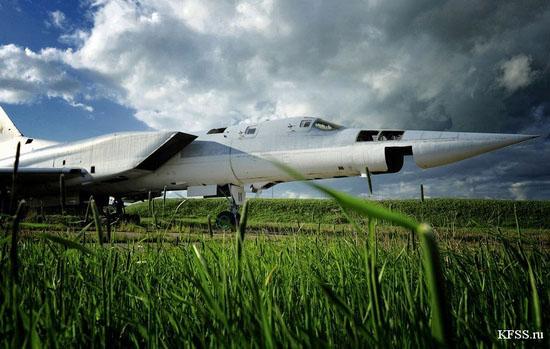 Vozdvizhenka - abandoned air base in Prymorye, Russia view 4