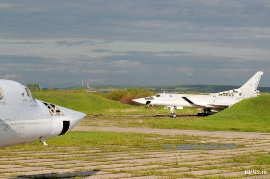 Vozdvizhenka - abandoned air base in Prymorye, Russia view 8
