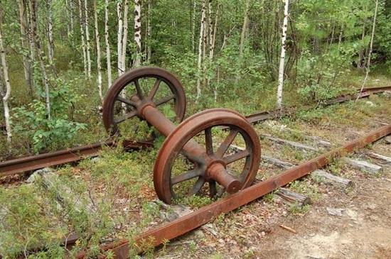 Abandoned Transpolar railway Salekhard-Igarka, Russia view 10