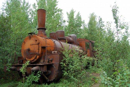 Abandoned Transpolar railway Salekhard-Igarka, Russia view 13