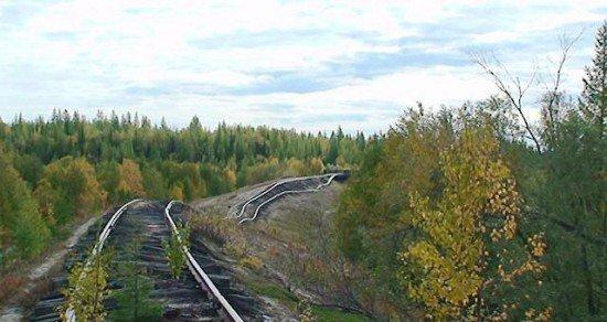 Abandoned Transpolar railway Salekhard-Igarka, Russia view 2