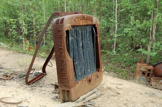 Abandoned Transpolar railway Salekhard-Igarka, Russia view 8